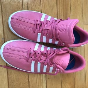 *3for$30* K-Swiss pink sneakers size 8.5 fit big